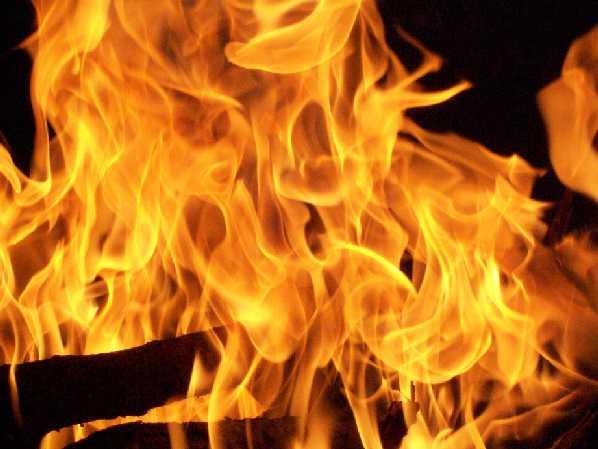 Un incendio sta devastando la zona di Sant'Elia