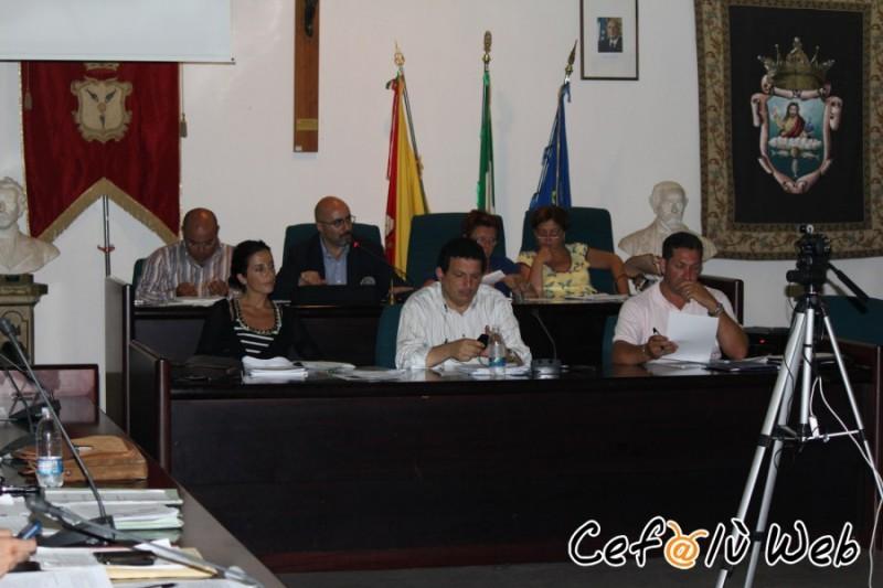 Questa sera, ore 20, si riunirà il consiglio comunale: il bilancio 2008 è il tema più caldo