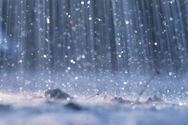 Cefalù: dopo l'inferno di fuoco arriva la pioggia