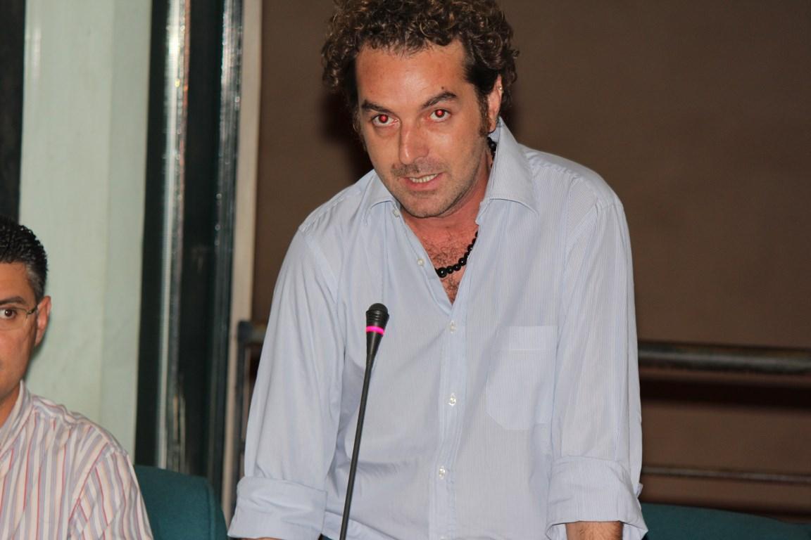 3 domande al Consigliere Comunale Nicolò Pizzillo