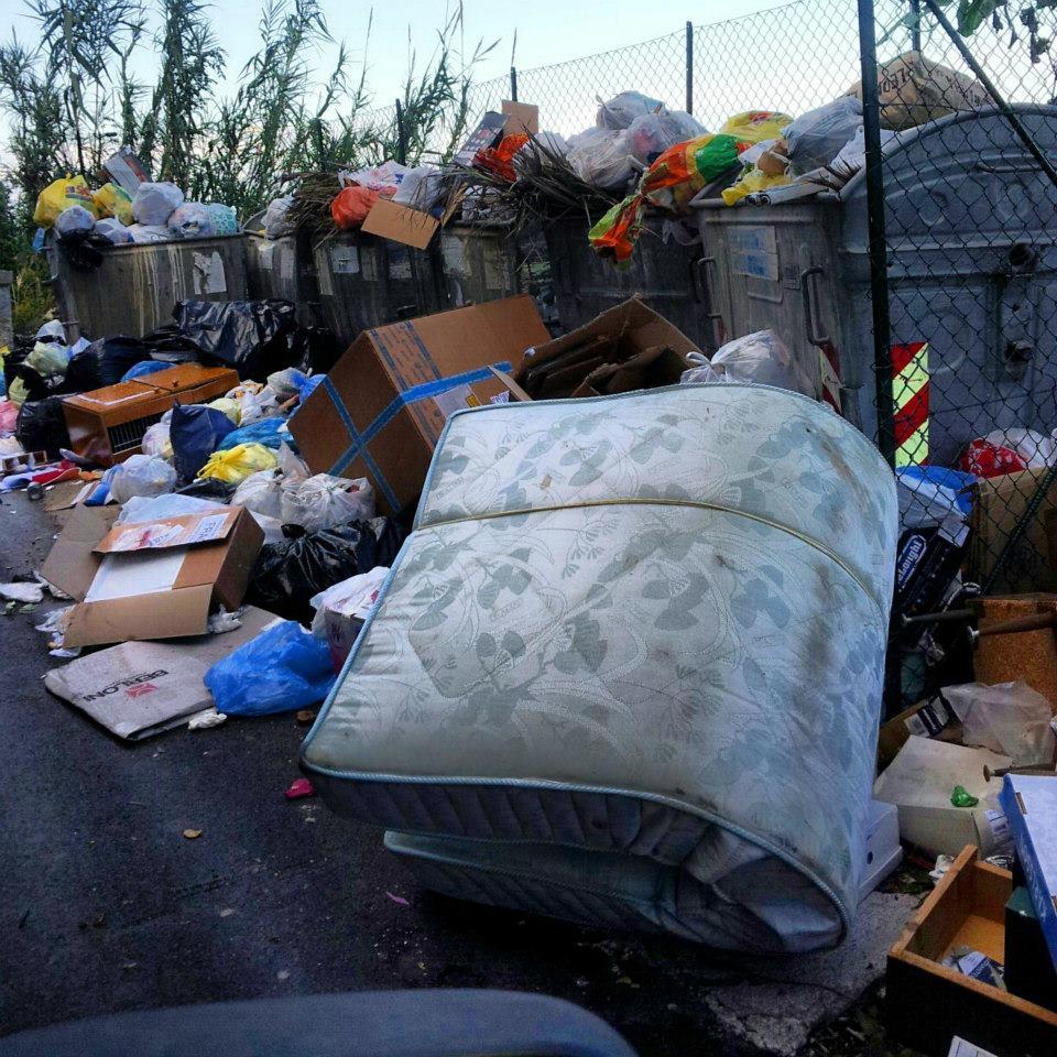 Cefalù: disservizi nella raccolta rifiuti