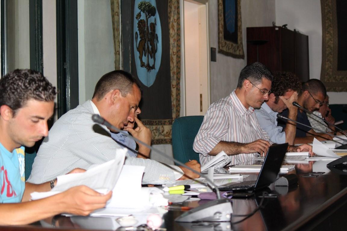 23 gennaio: convocato consiglio comunale tra le polemiche