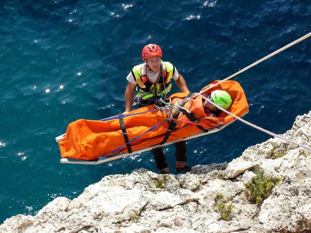 Il soccorso alpino cerca volontari