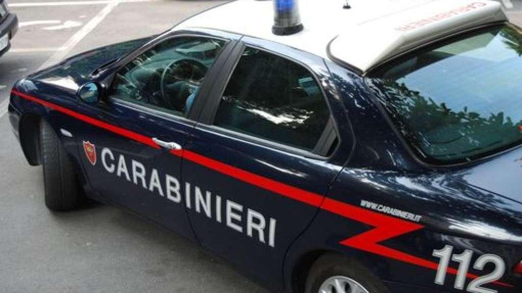 Termini Imerese: naviga su internet mentre si trova agli arresti domiciliari, arrestato dai Carabinieri