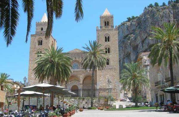 Cefalù: ubicazione Pietra della Memoria