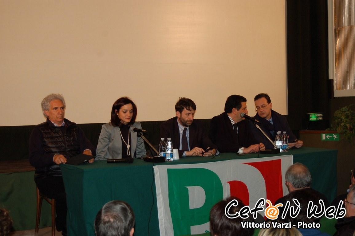 Incontro del PD al Di Francesca: Franceschini infiamma la sala