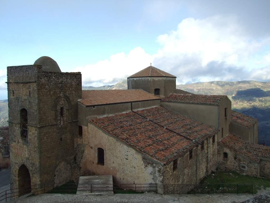 "Salvalarte Madonie a San Mauro Castelverde: ""Salviamo la chiesa di San Giorgio"""