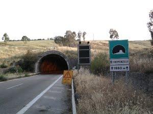 In A 19 uscita obbligatoria a Tremonzelli per i mezzi pesanti