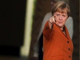 """Germania: con Merkel 3 ancora """"bastone e carota"""" per Sud Europa"""