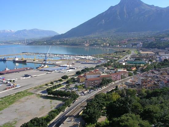 Il Comune di Termini Imerese commemora la festa dei Defunti e delle Forze Armate