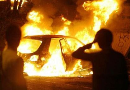 Termini Imerese: incendiata un automobile alle prime luci del giorno