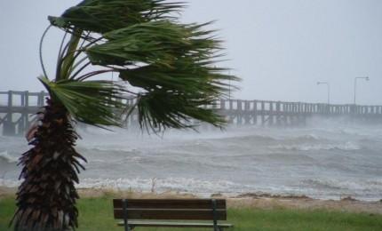 Scuole chiuse per il forte vento a Termini Imerese
