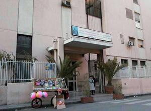 Palermo, bimba di 21 mesi rischia di morire soffocata per aver inghiottito un pezzo di pollo