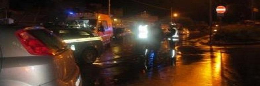 """Travolto in autostrada, la polizia: """"investito mentre spingeva l'auto"""""""