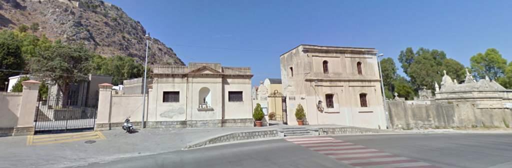 Lapunzina comunica la chiusura del cimitero di Cefalù