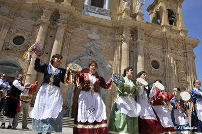 Cefalù, conferenza su il folklore in Sicilia, espressione di una cultura popolare