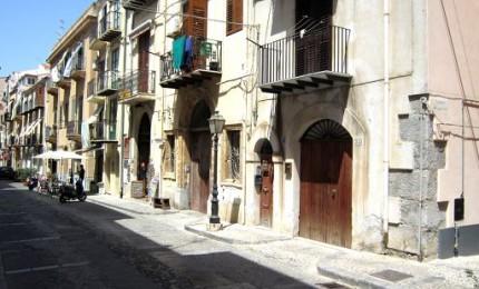 Orientarsi nel centro storico di Cefalù, un'app lo rende possibile