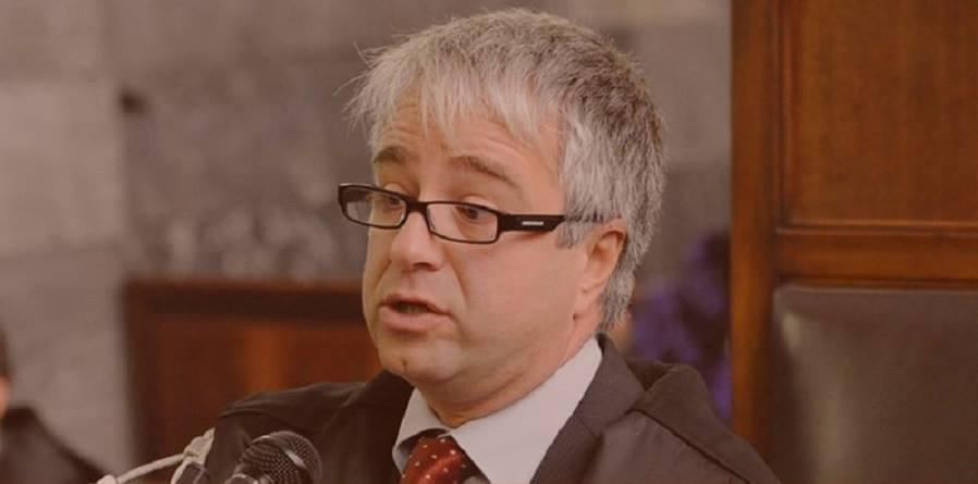 """Il Liceo Classico """"Mandralisca"""" ricorda Frank Di Maio"""