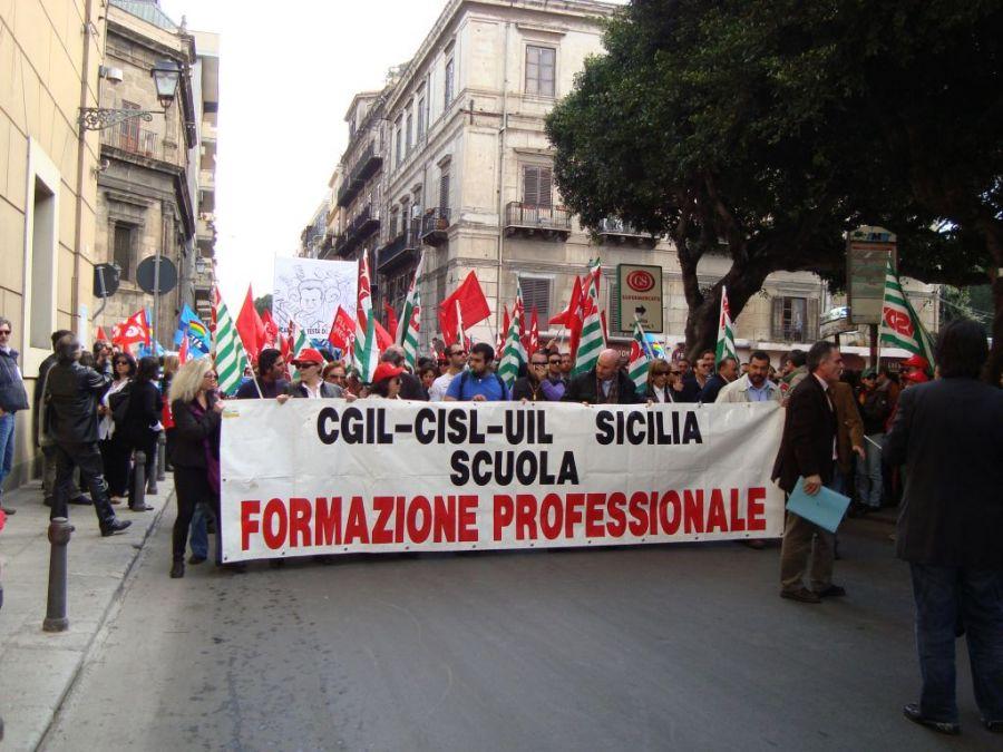 """Lettera aperta di Cisl Scuola alla Regione: """"subito risposte ai lavoratori"""""""