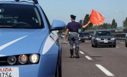 Incidente sulla Palermo-Catania: volano dal viadotto con il furgone rubato