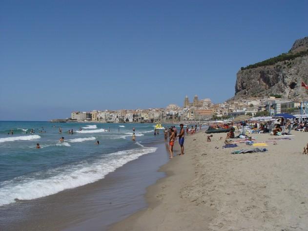 Cefalù, gli ex dipendenti di Club Med protesteranno nel giorno dell'inaugurazione