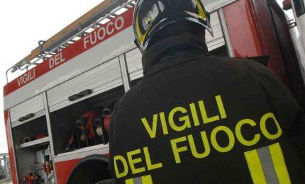 Palermo: in cinque aggrediscono una squadra di Vigili del Fuoco