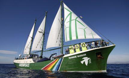 Arriva a Palermo la nave Rainbow Warrior di Greenpeace