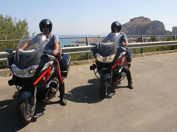 Due giovani arrestati per furto a Cefalù