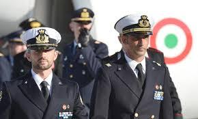 Palermo: su Palazzo delle Aquile gigantografie dei due Marò prigionieri in India