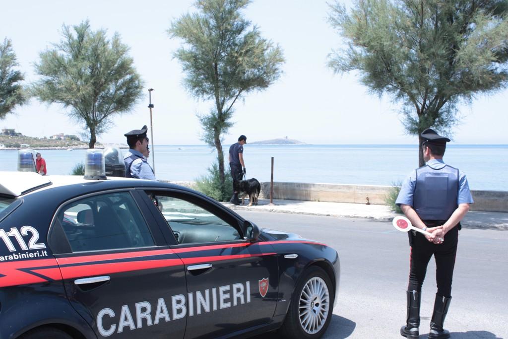 Palermo: sorpresi a rubare infissi, arrestati
