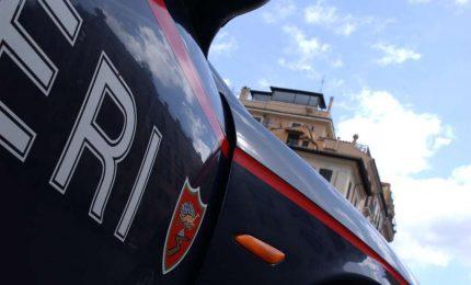 Palermo: carabinieri liberi dal servizio arrestano due ladri sorpresi a rubare utensili da un autocarro in sosta