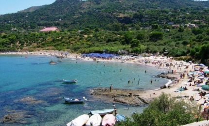 Spiagge di Cefalù e Mazzaforno, scoperti altri lidi irregolari o con la concessione demaniale già scaduta