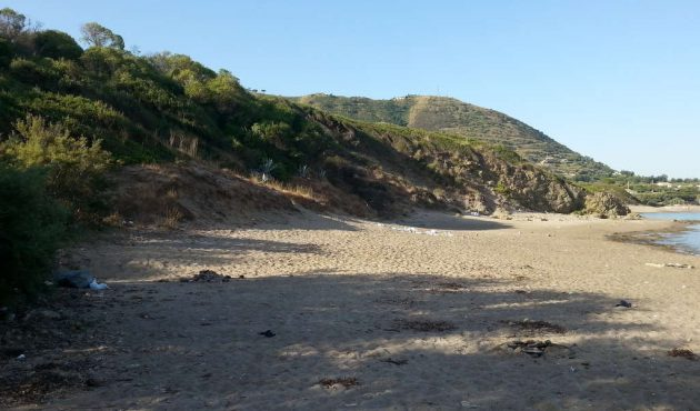 Rinvenuto un cadavere in spiaggia a Mazzaforno