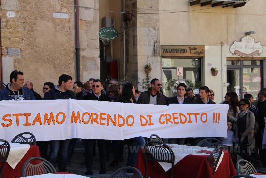 """Lavoratori della """"formazione"""" in marcia su Roma: da 12 mesi senza stipendi"""