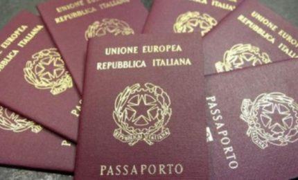 """Novità per chi viaggia: arriva il """"passaporto a domicilio"""""""