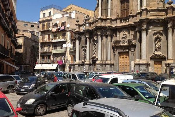 Il Tar boccia la sospensiva dei commercianti di Piazza Sant'Anna