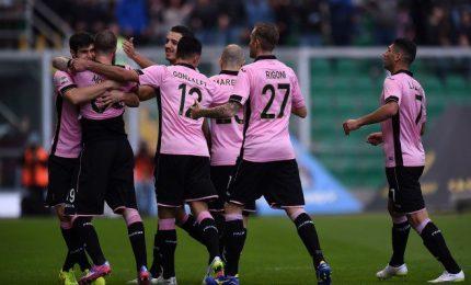 Esordio da incubo per Zola, il derby delle isole va al Palermo