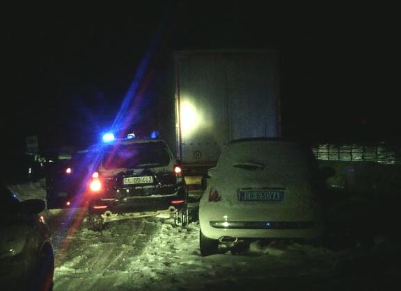 I carabinieri a lavoro tutta la notte a causa dell'emergenza maltempo