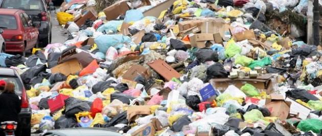 Emergenza rifiuti, attualmente si può conferire alla discarica di Bellolampo e a Catania