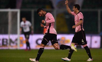 Il Palermo ridimensiona il Napoli e si aggiudica il derby delle Due Sicilie