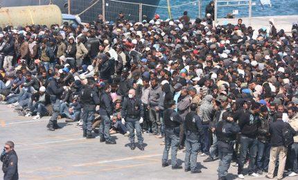 Rivolta di immigrati in un centro d'accoglienza