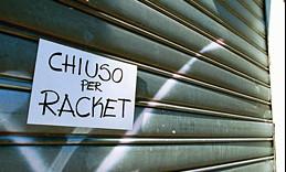 L'Apocalisse a Palermo: polizia contrasta racket mafioso