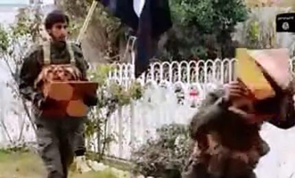 L'Isis vuole fare sul serio mostrando al mondo come si addestrano i suoi reparti speciale [VIDEO]