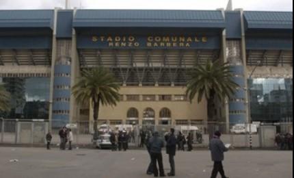 Tenta di eludere i controlli per la partita Palermo-Juventus, arrestato un giovane