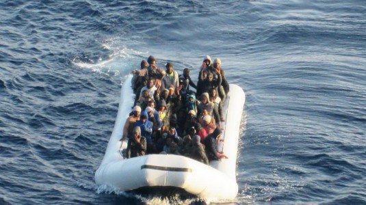 Traffico di migranti e tabacchi dalla Tunisia, arrestati quattro tunisini