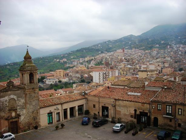 Il Pd di Castelbuono contro la giunta guidata da Cicero