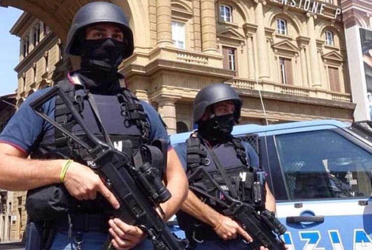 Blitz antiterrorismo in diverse regioni: 14 persone arrestate