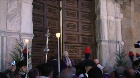 Cefalù: aperta la Porta Santa [VIDEO]