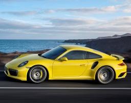 A gennaio il debutto della nuova Porsche 911 Turbo e 911 Turbo S