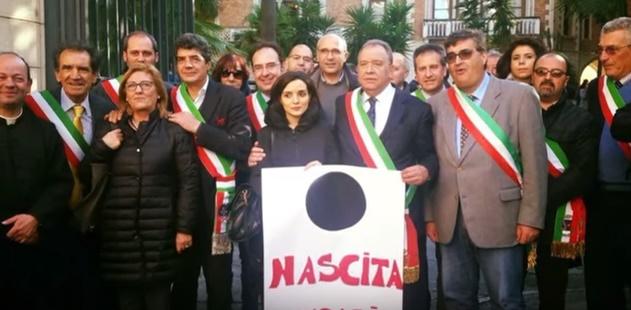 Centro nascite di Petralia: non si placa la protesta [video]
